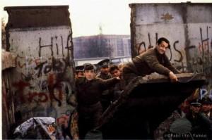 Sarko au pied du mur